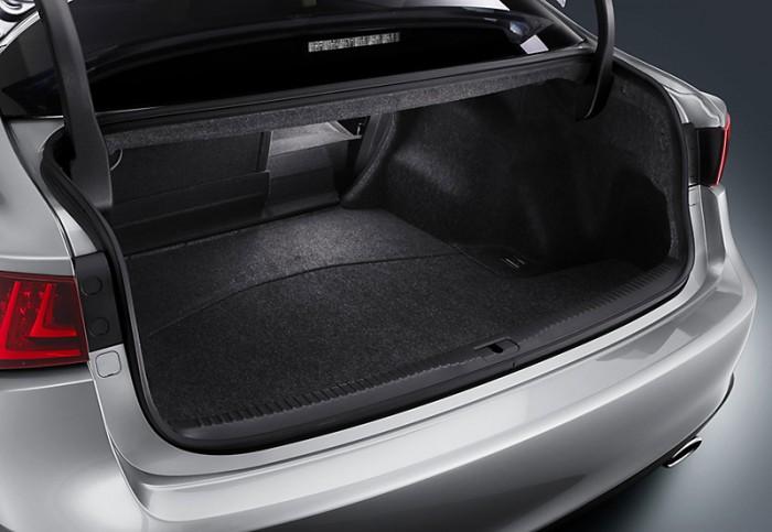 2015LexusIS-trunk
